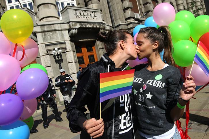 top-5-razloga-zašto-biti-gej-nije-nimalo-okej-parada-ponosa-beograd