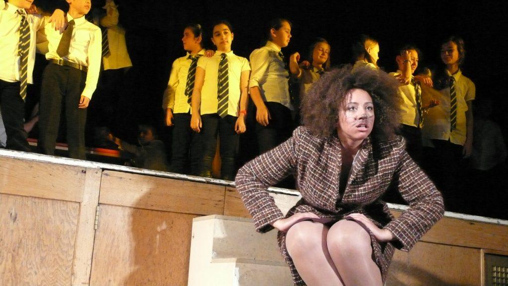 Kristina Gil kao Lija