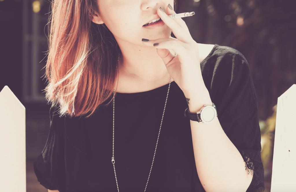 lola cigarete
