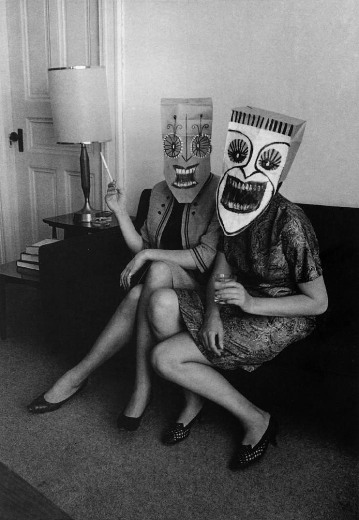 steinberg-masks-inge-morath-photography-5