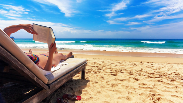 best-books-for-reading-at-the-beach