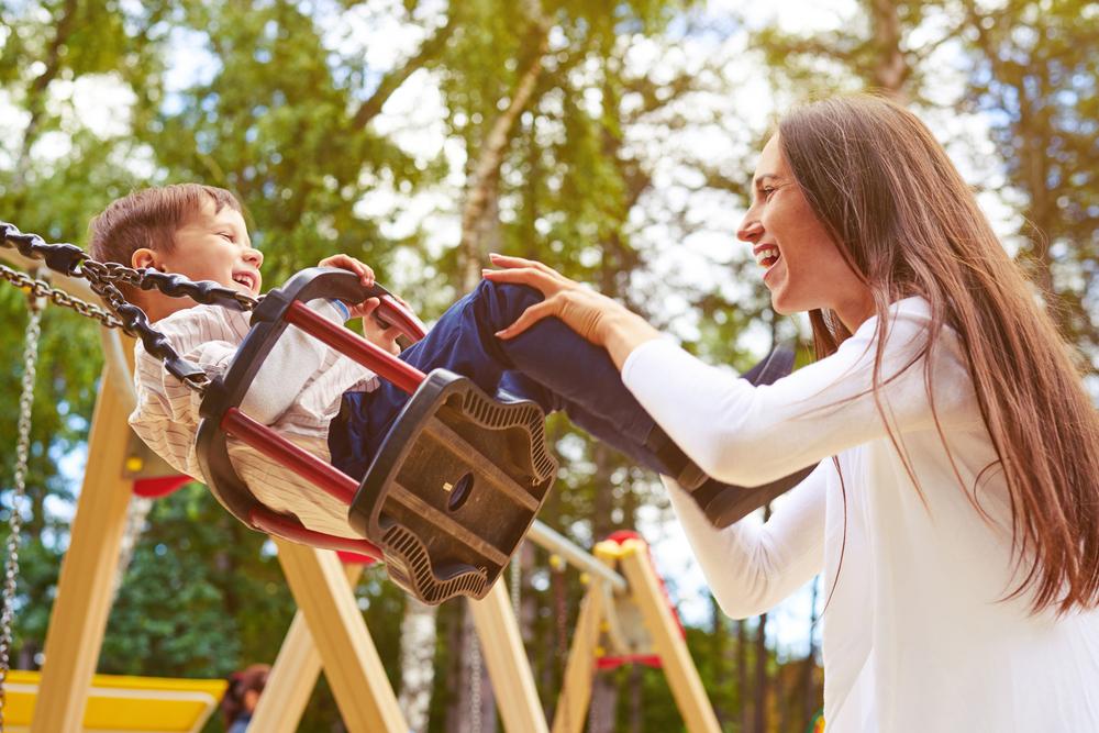 Upoznavanje samohrane mame na daljinu
