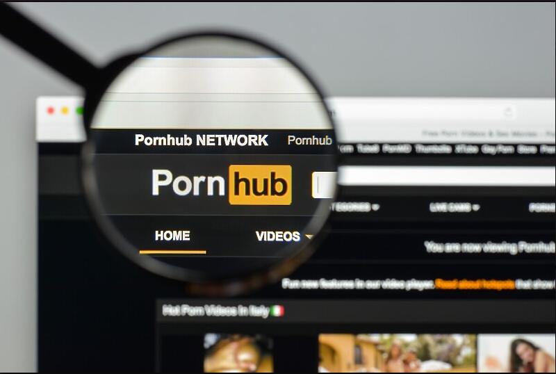 Pornhub ukinuo dvije važne opcije, nema više preuzimanja video-materijala sa stranice - Lola